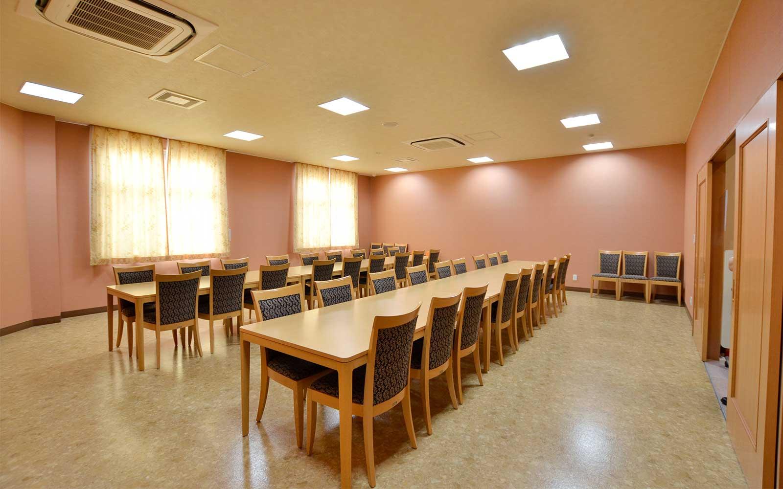 長尾-食事室7
