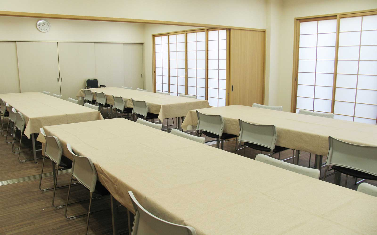 食事室-19