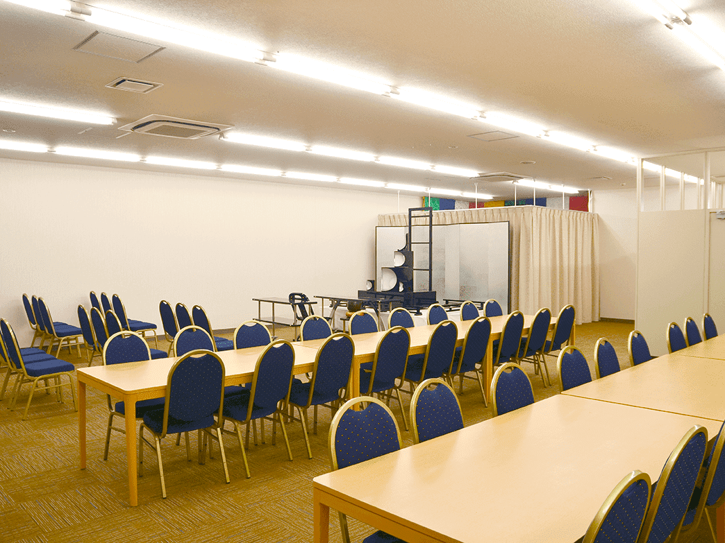 泉屋 長尾メモリアルホール法事会館