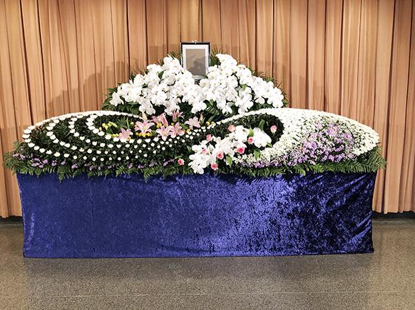 【家族葬向け】公営斎場生花祭壇 70プラン